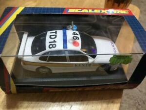 SCALEXTRIC C2120 POLICE OPEL VECTRA CAR KENT CONSTABULARY MINT IN BOX LIGHTS