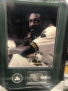 BILL RUSSELL cut auto signed Beckett SLABBED autograph Framed with 11x14 photo