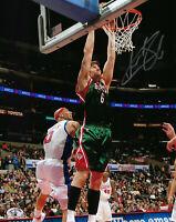 BUCKS Andrew Bogut signed 8x10 photo AUTO COA HOLO Autographed Milwaukee #1 Pick