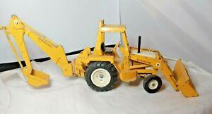 Vtg Ertl 1/16 International Harvester Tractor Loader Backhoe Pressed Steel #472