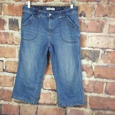 Levi's Womens Cropped Jeans Capri Comfort Band Size 12 Medium Wash