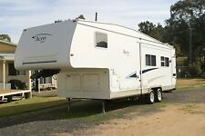 Caravan 5th Wheeler THOR 30ft 2003