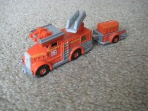 FLYNN thomas the tank engine & Friends 2012 FIRE ENGINE WITH TRAILER
