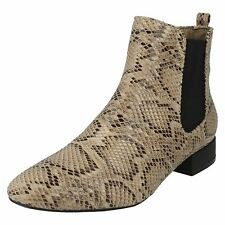 Spot On F5R0558 Dames Beige Serpent Bottines (R21B)