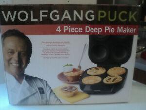 Wolfgang Pucks 4 Piece Deep Pie Maker Brand New