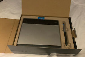 Wacom Intuos Pen And Touch Small