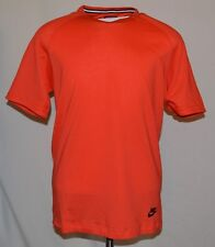 Nike Men's Nike Bonded Sportswear T-Shirt Large L Red 832208-852