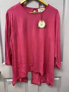 NEW  LADIES PINK STRETCHY TOP SIZES SM & MED