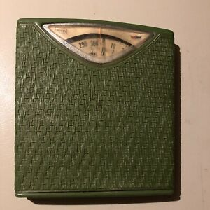 Vintage Sears Brand Bathroom Scale 1950's-1970's Green-Tested works*READ desc.*+