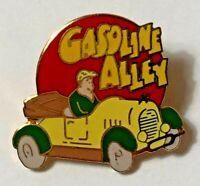 """VINTAGE """"GASOLINE ALLEY"""" Pinback"""