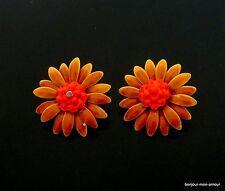 SALE --VintageFlower Power Era,  Emaillierte Blüten Ohrclips Ohrringe, Earrings