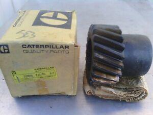 Caterpillar pinion 7D0094 new old stock item. Suit motor grader 14E.