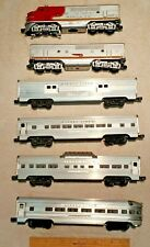Vintage Post-War - 2 Sante Fe Dummy Engines w/ Silver Lionel Lines - Set of 6