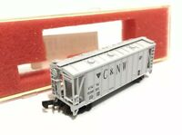 N Gague Scale MICRO-TRAIN Precision Masters C & NW 33' Twin Bay Covered Hopper