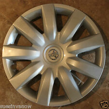 "Genuine Camry hubcap 01 02 03 04 05 06 15"" wheel Cover Hub Original Toyota 61136"