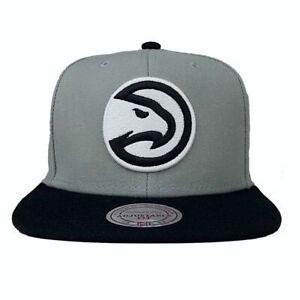 Mitchell & Ness Snapback Basecap Atlanta Hawks NBA grau / schwarz
