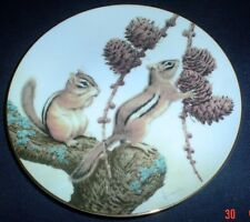 The Collectors Studio Collectors Plate CHIPMUNKS ENJOY A SEPTEMBER TREAT