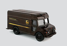 DARON REALTOY RT4349 UPS DELIVERY TRACK PULLBACK PACKAGE CAR. NEW