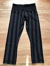 Women's Lululemon Skinny Crop Legging Capri, Size 2, Black/Gray Stripes