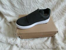 NEW BLACK WEDGE TRAINER SIZE 4