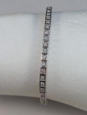 elegantes Tennisarmband - mit 53 Diamanten besetzt - 1,06ct - 750er Weißgold 18K