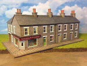New Built-up Metcalfe N gauge Stone Corner Shop & Houses model railway buildings
