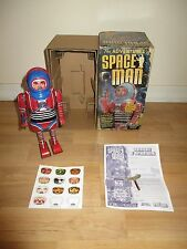 SCHYLLING THE ADVENTURES OF SPACE MAN TIN ROBOT WIND UP TOY MINT IN BOX