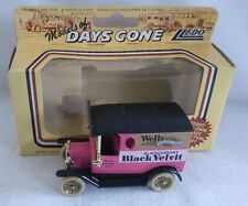 LLEDO DAYS GONE FORD MODEL T DIECAST VAN WELLS BLACKCURRENT BLACK VELVIT BOXED
