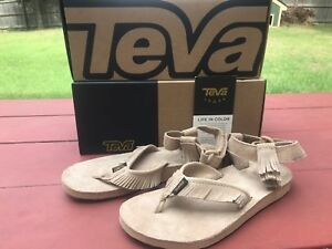 Womens Teva Tan Fringe Sandals Pocahontas Style NEW