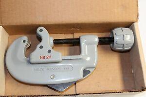 "RIDGID 32930 Model 20 Screw Feed Tubing Cutter, 5/8"" TO 2-1/8"" Tube Cutter USA"