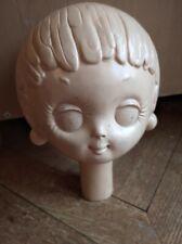 tête de mannequin tweeggy plastique très typique 1960/70 en bon état d'usage