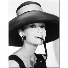 Magnet 14235-Audrey Hepburn ha & Glasses - 8 x 6 cm-nuevo