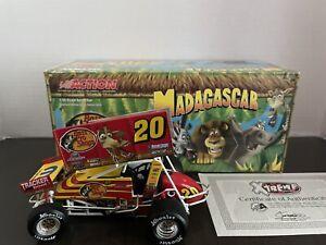 1/24 Danny Lasoski Madagascar Action Sprint Car Diecast