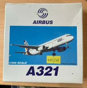 1/400 Modern Airliner : Airbus A321 Airbus Colors Completed Model