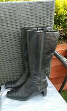 LADIES BLACK LEATHER KNEE HIGH BOOTS BY CARAVELLE FLEX SIZE 6