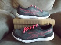 Reebok Sport Ahead Action RS Women's Walking Shoe Memorytech V68272 New w/o Box