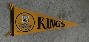VINTAGE LOS ANGELES KINGS 1970's NHL HOCKEY FELT GOLD & PURPLE TIE NHL PENNANT
