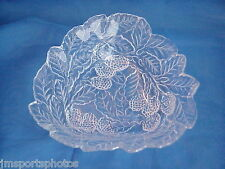 CRYSTAL GLASS FRUIT AND LEAVES CANDY DISH FRUIT BOWL
