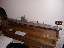 VINTAGE MODEL OF A SUBMARINE