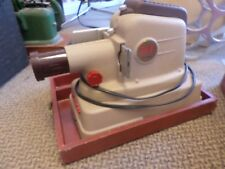 VINTAGE MANSFIELD 500 DELUXE SLIDE PROJECTOR WITH CASE