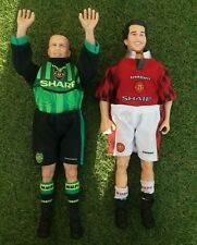 More details for ryan giggs & peter schmeichal corinthian action figure 12