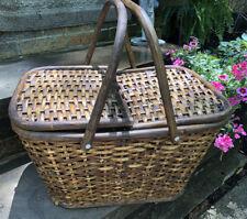 New listing Vintage Wicker Picnic Basket Multi Toned