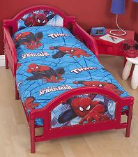 Disney Spiderman Ultimate City 4 in 1 Junior Toddler Duvet Cover Bedding Bundle