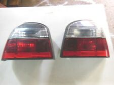 Golf 3 Heckleuchten Links und Rechts Rot Weiß inkl. Lampenträger und Birnen