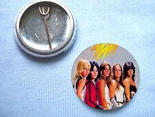 The Runaways 25mm  Badge Punk Sex Pistols Cherie Currie Joan Jett Suzi Quatro