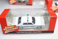 Johnny Lightning 1:64 Scale 1977 DODGE MONACO CHICAGO POLICE (BOX)