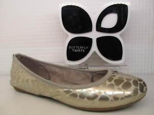 Butterfly Twists Twist Sophia Light Gold Silver Leopard Flat Metallic Pump Shoe
