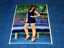 PRETTY DIRTY BLONDE MODEL IPOSING IN BLUE DRESS-HIGH HEELS-PANTYHOSE PHOTO