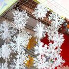 30Pcs weiße Schneeflocke Verzierungen Weihnachtsfeiertags Party Home Decor