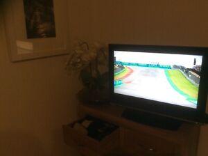 LG . 26LC46 TV